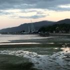 Looking-towards-marina-at-evening-at-Cairns-foreshore
